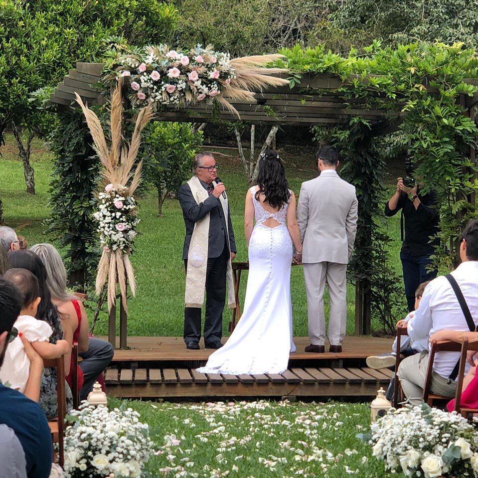 Como escolher o celebrante de casamento?